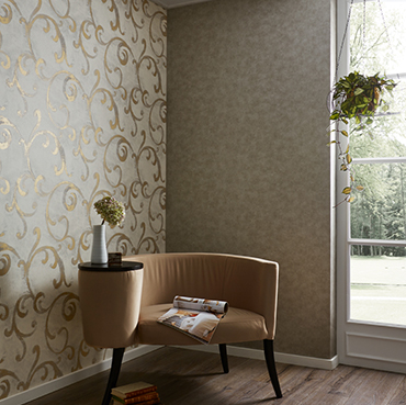 Fuggerhaus wallcoverings Feria and Tonica which are part of the collection Secret Garden.