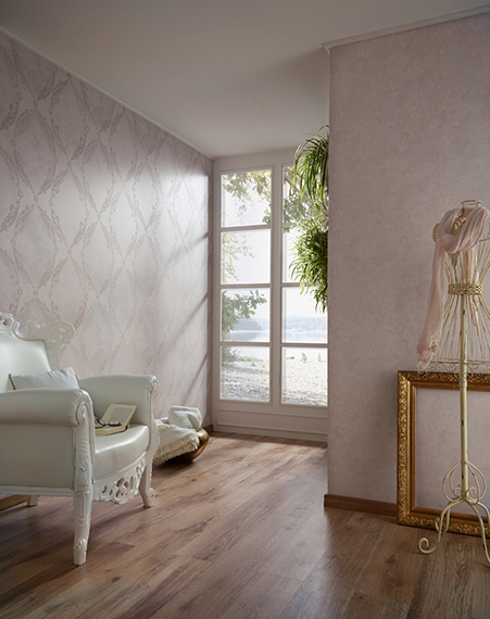 Fuggerhaus wallcoverings Medall and Glow which are part of the collection Secret Garden.